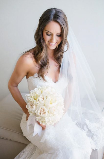golden-spray-tan-bride-seated-amy-4257