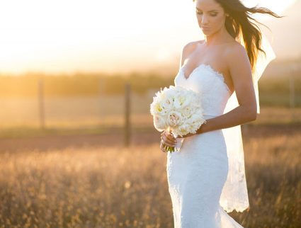 golden-spray-tan-glowing-bride-amy-4253